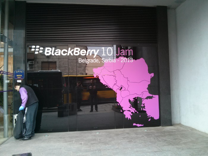 BlackBerry 10 mini Jam Belgrade featured