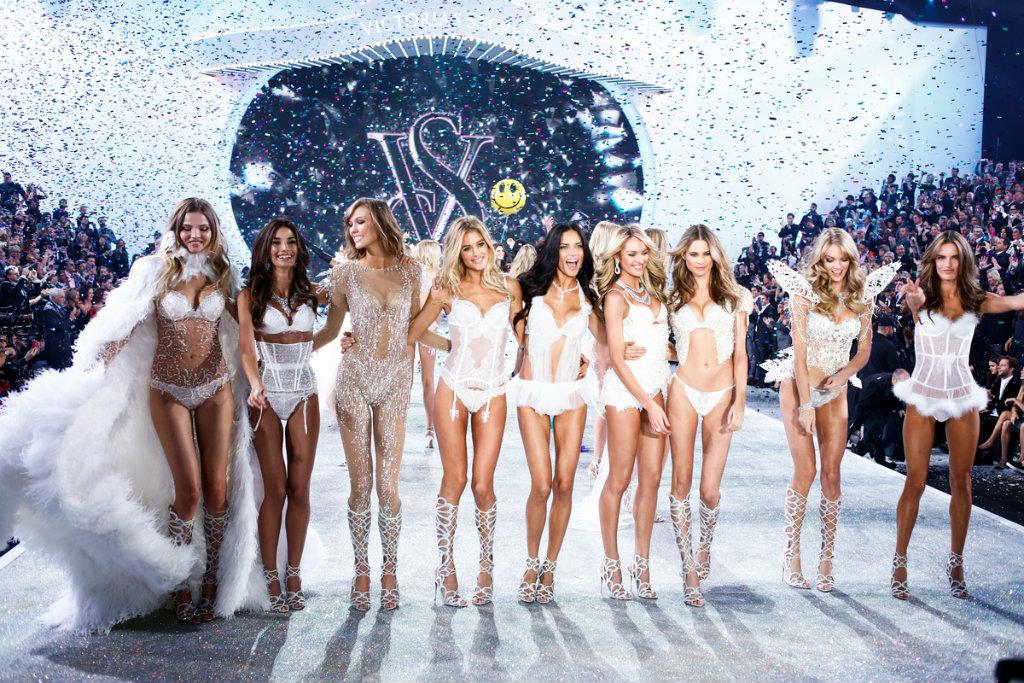 fashion-show-runway-2013-models-finale-victorias-secret