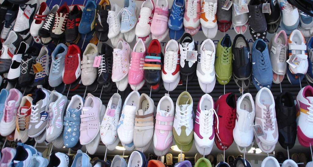 shoes display street