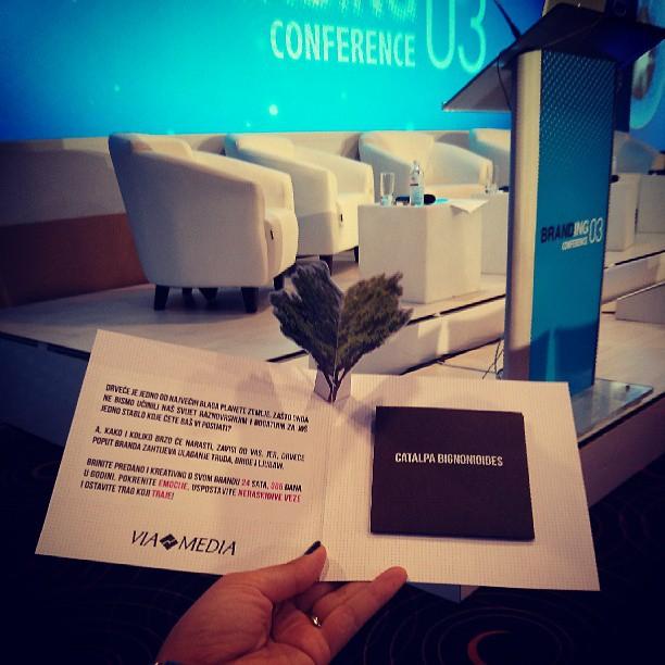Branding Conference drvo