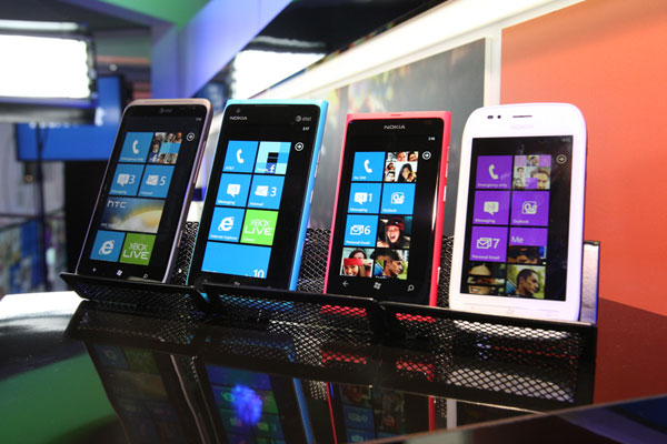 Windows Phones from the Microsoft CES Keynote Page